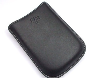genuine-original-blackberry-curve-8520-8900-8310-8300-case-wallet-sleeve-pouch-2495-p