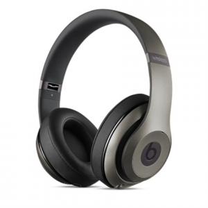 Multimedia->Kuulokkeet : Beats Studio Wireless Over-Ear Headphones - Titanium.  Takuu: 12 kk.
