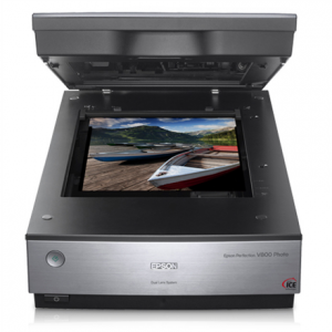 Toimistotarvike->Tasoskannerit : Epson Perfection V800 Photo scanner / Dual Lens System / 4800dpi & 9600 dpi / Color: 48-bit / 4.0 Dmax / USB 2.0.  Takuu: 24 kk.